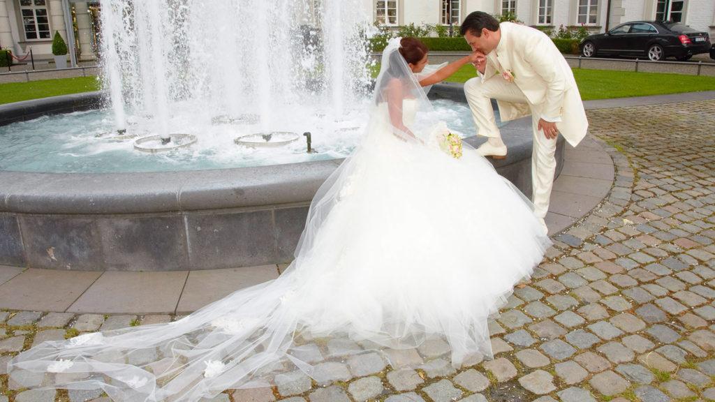 02_Hochzeit_AmBrunnen